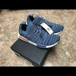 Adidas nmd r1 STLT primeknit sneakers blue 6.5/8